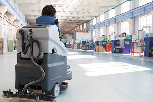 Crown-battery-floor-care-equipment.jpg